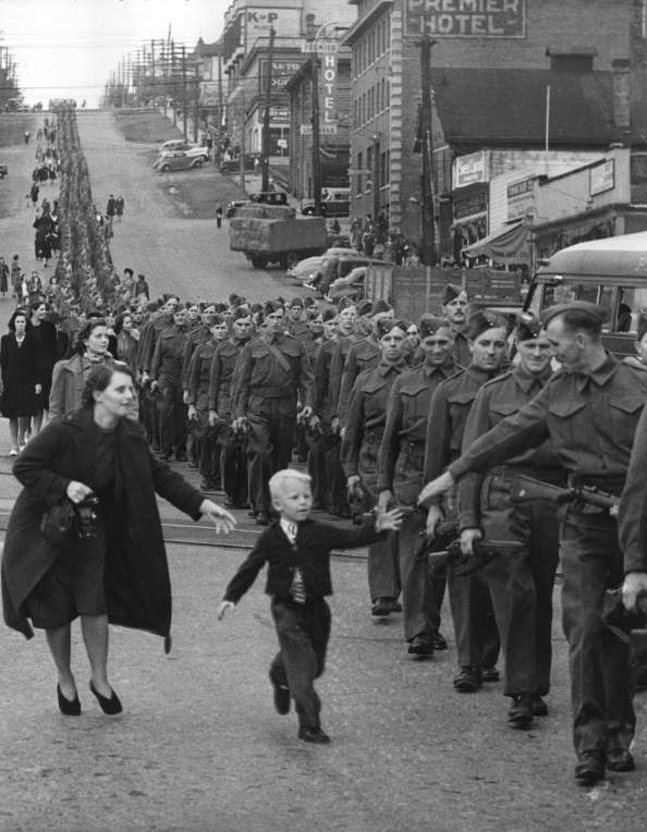 Wait For Me, Daddy. 1940: Claude P. Dettloff, Vancouver Daily Province. Archives# CVA LP-109.